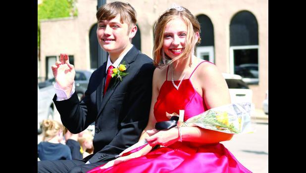 Shown here are freshmen court members Jackson White and Jennessa Kirkendoll.